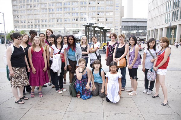 Die Patinnen auf dem Alexanderplatz, Berlin