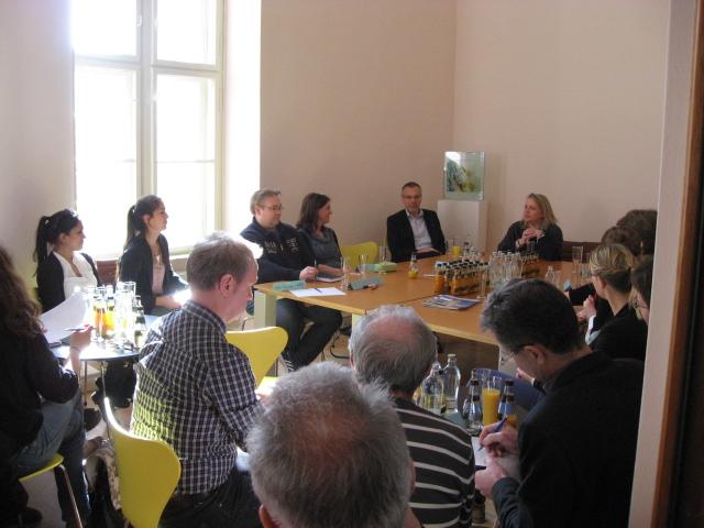 Flick Stiftung initiiert Runden Tisch zur Willkommenskultur für Flüchtlinge in Potsdam