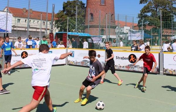 Bild PM Strassenfussball