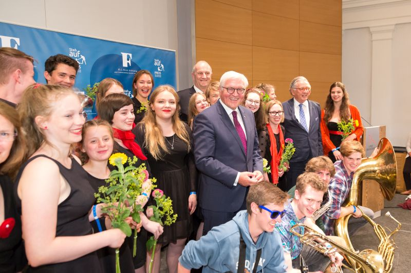 """Feierliche Verleihung des """"Steh-auf-Preises"""" 2017"""