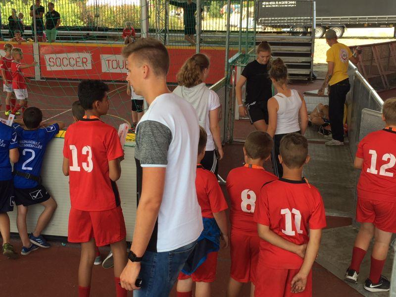 Fairplay auf dem Bolzplatz – Sparkassen Soccer Tour Finale auf Rügen