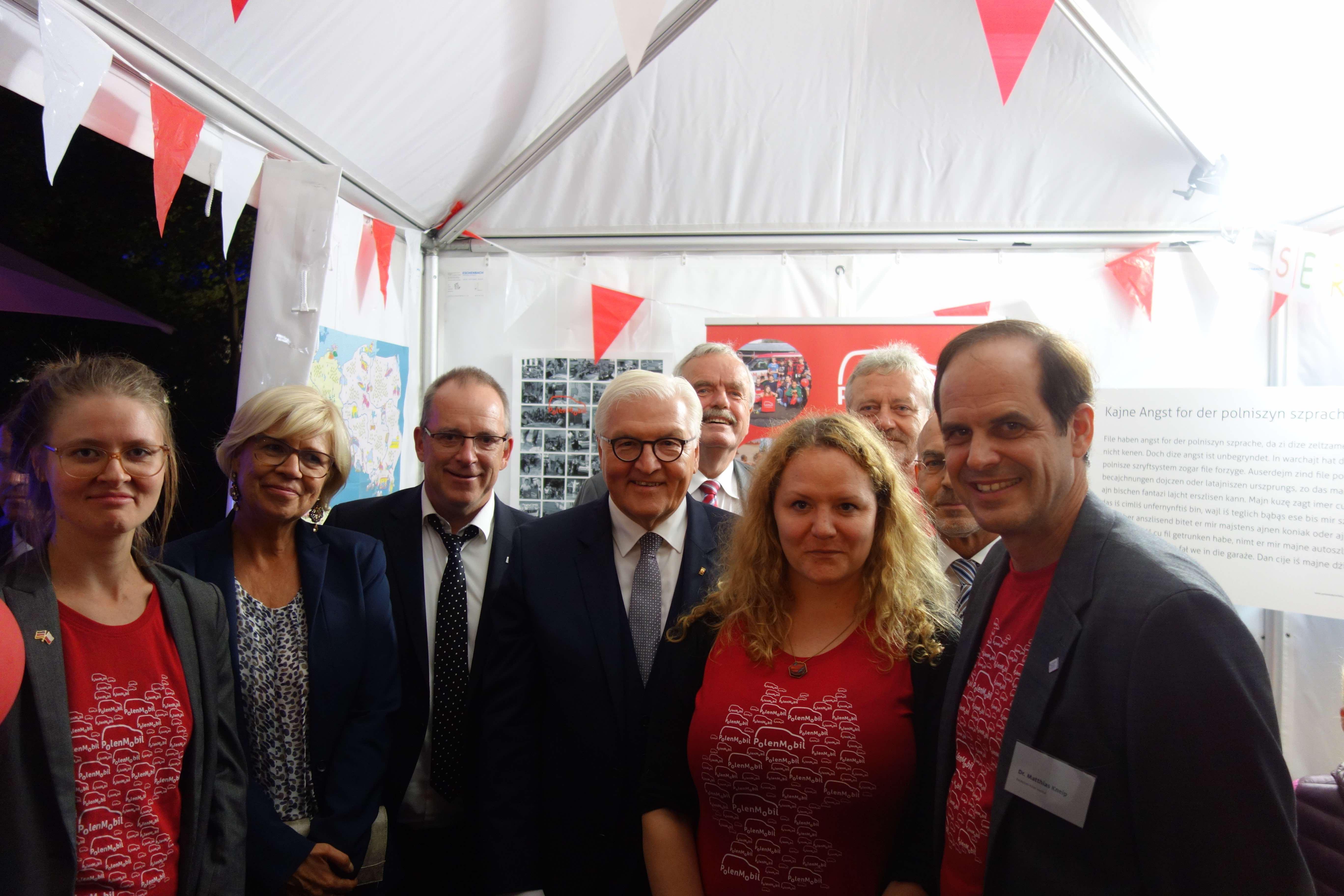 Bundespräsident Steinmeier besucht das PolenMobil