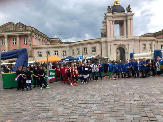 Straßenfußball für Toleranz auf dem Europatag in Potsdam