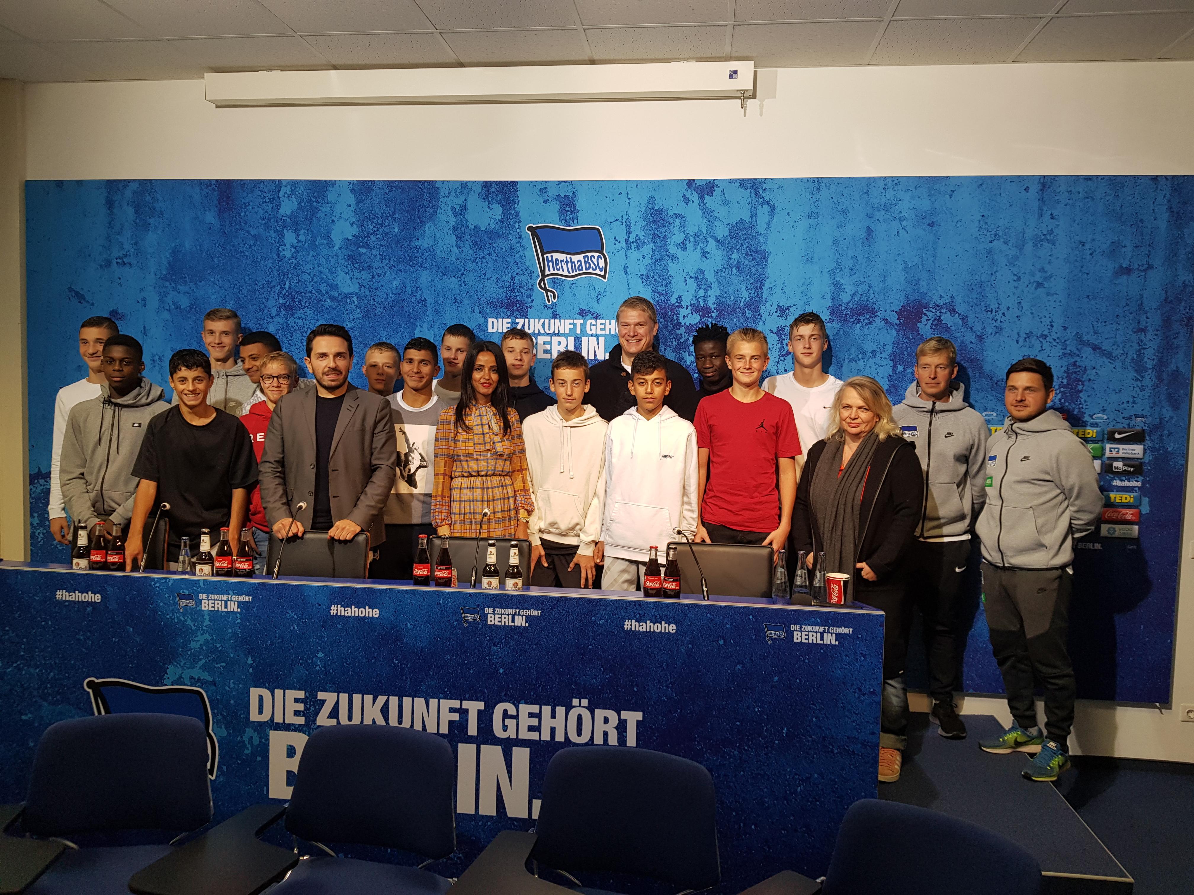 """4. Veranstaltung von """"Tu´was gegen Antisemitismus"""" –  Staatssekretärin Sawsan Chebli zu Gast bei Hertha BSC"""